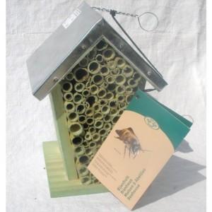 Wildbienenhaus